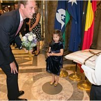 Matthew Flinders memorial statue unveiled by Prince William